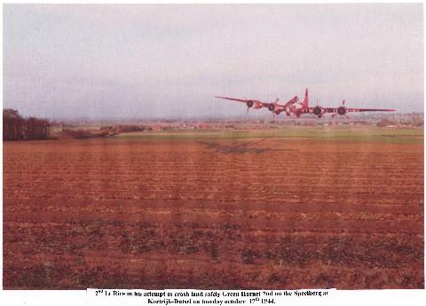 Landing van de B-17 bommenwerper met kenteken L 231550 G genaamd 'Green Hornet 2nd' (17.10.1944) (fotomontage)