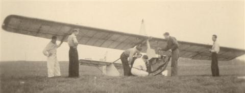 Montage van de zwever. (20.04.1947)