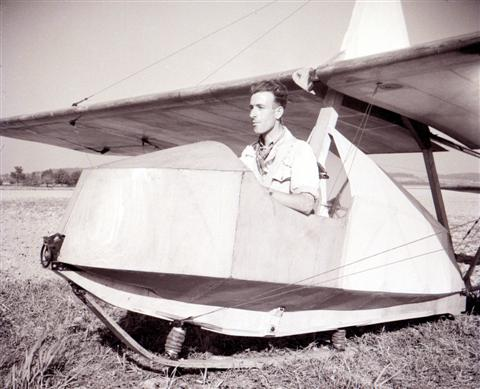 Jan Sevenants in de SG-38 met gesloten cockpit. (02.10.1948)