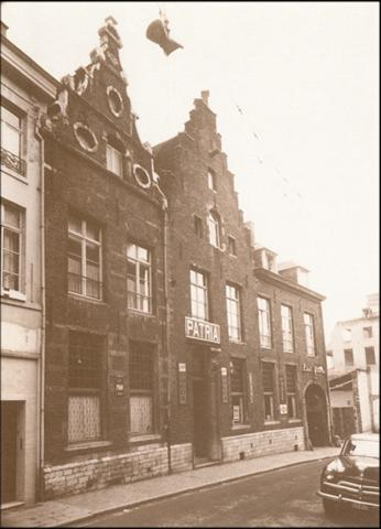 Zaal Patria, in de Tiensestraat. (foto 1956)
