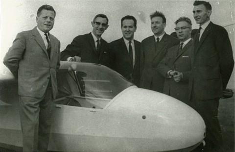 Doop Ka-8 OO-ZLV (Temploux 14 oktober 1967). V.l.n.r.: Pol Vandermeulen, Rik De Meulder, Jean Kamers, Jan Sevenants, Rik Verbeeck, Fernand Van Eylen.