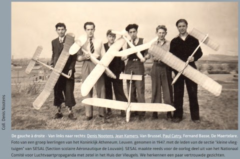 Leden van SESAL. Jean Kamers (2de van links) werd lid van de Dijlezwaluw; Denis Nootens (links) stichtte later de LUAC. Paul Catry (4de van links) werd later ondervoorzitter van de Koninklijke Belgische Aero-Club en bekleedde ook lang de functie van sportcommissarissen coördinator. (foto: 1947)